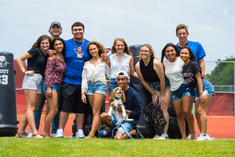 Seniors Wrap Up Week of Graduation with Picnic, Rehearsal